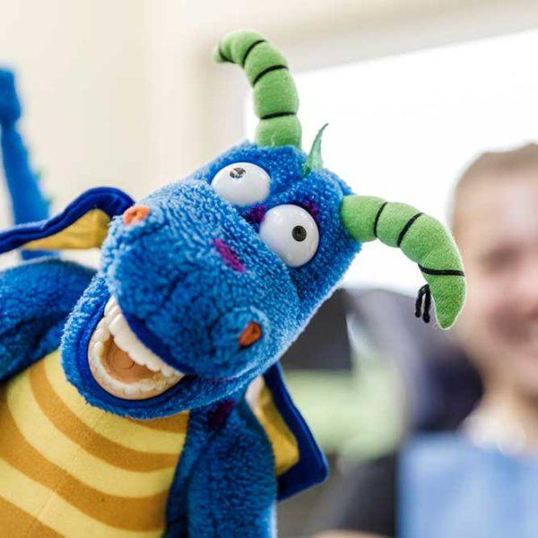 Zahnarzt Windeck - Hamood - Kuscheltier zur kindgerechten Prophylaxe